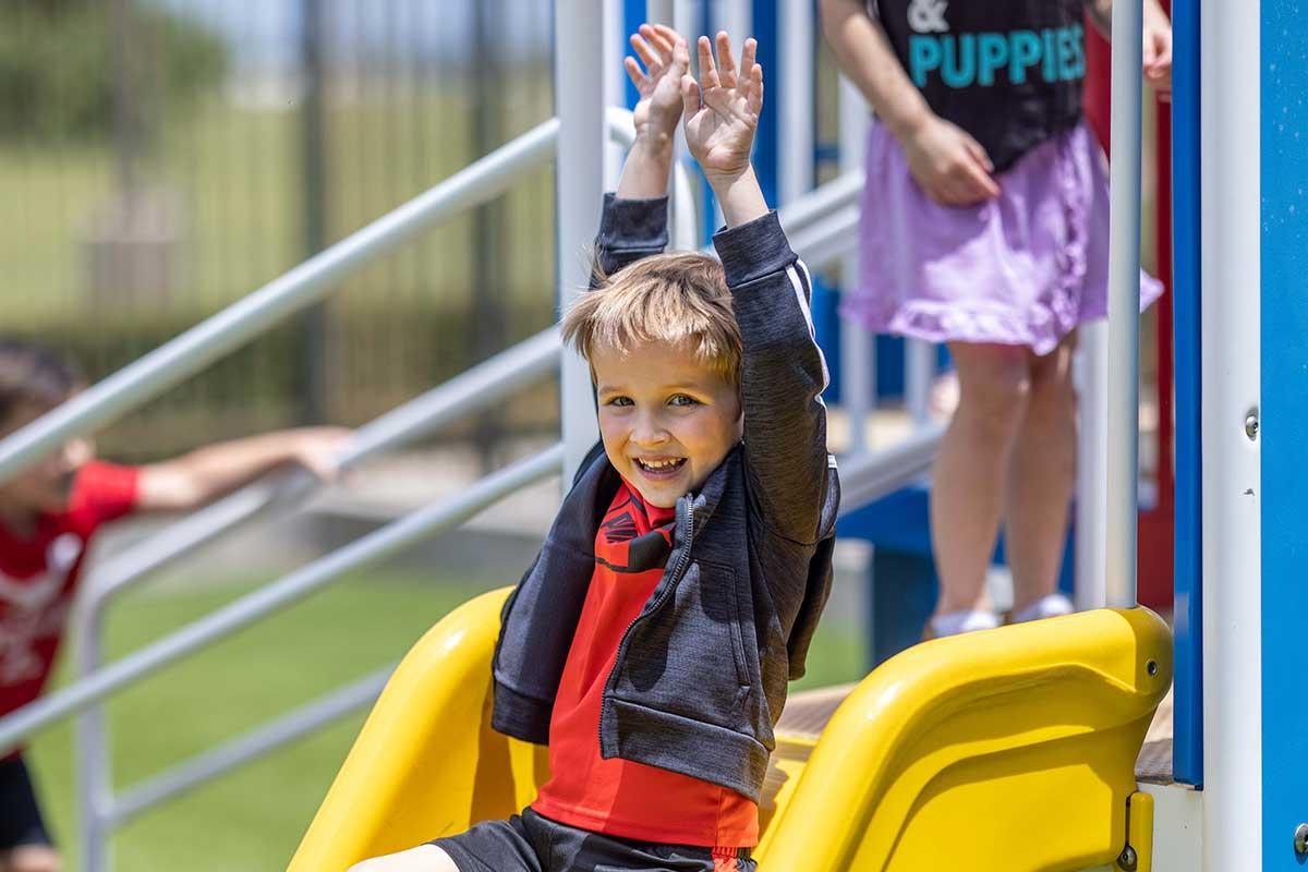 tile-preschool-pals-playground-slide